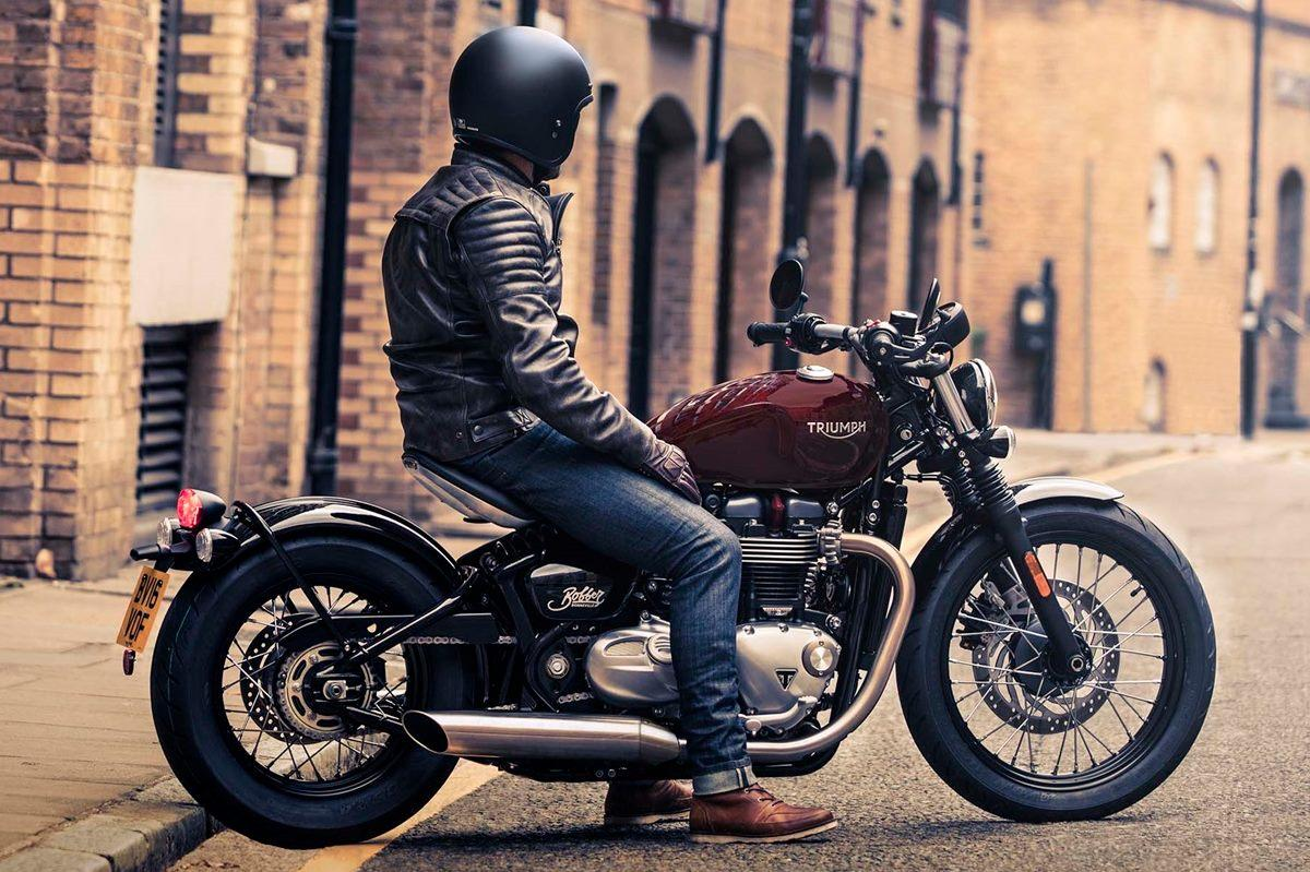 prijs en specificaties 2017 triumph bonneville bobber kort snel en actueel altijd het. Black Bedroom Furniture Sets. Home Design Ideas
