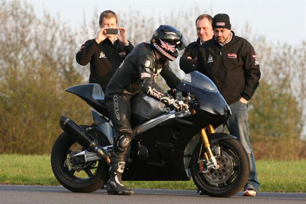 Norton-V4-2012-Isle_of_Man-test