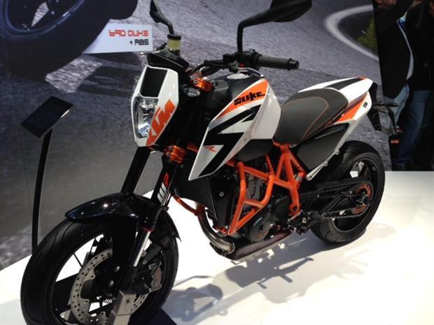 2013-KTM-Duke-690R