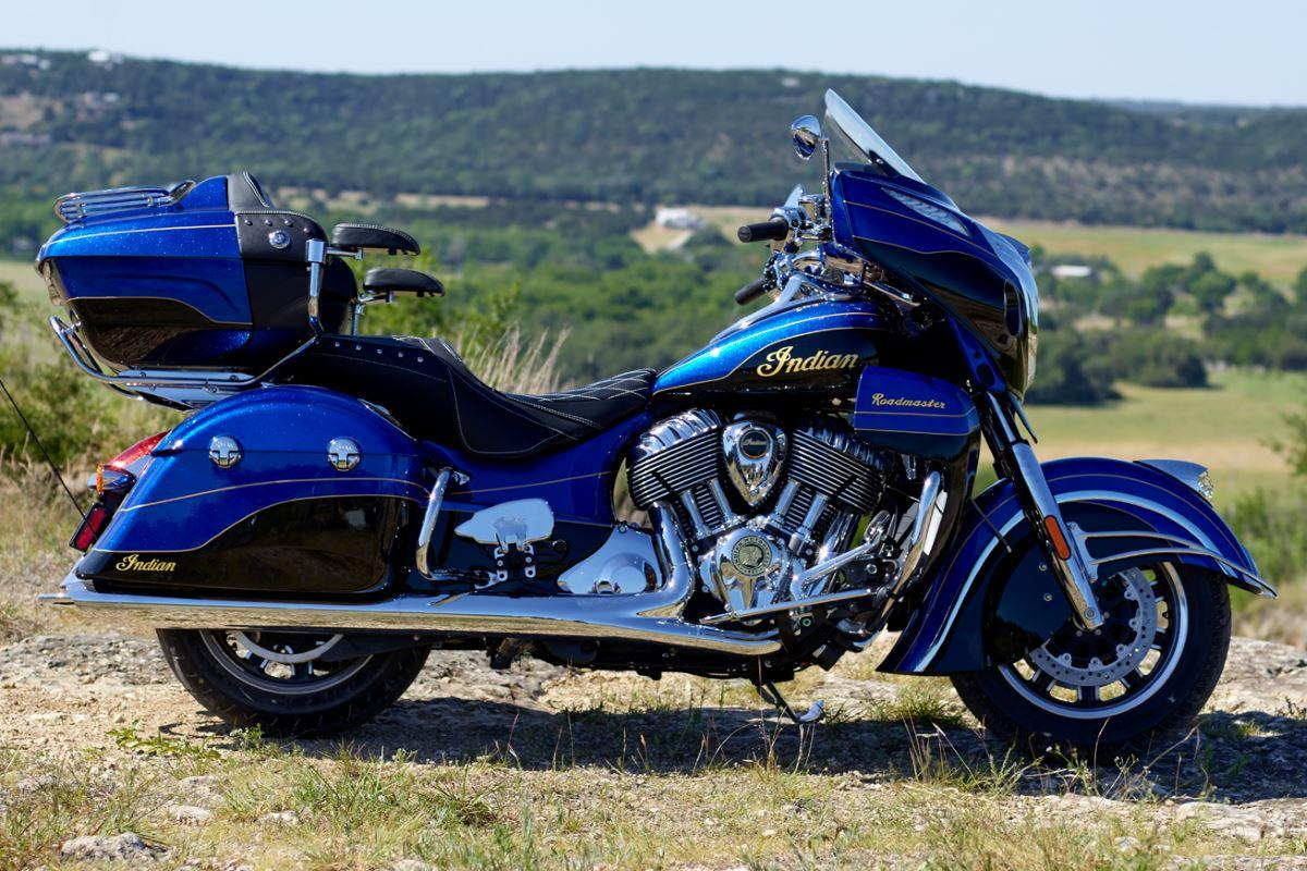 2018 Indian Motorcycle roadmaster elite cobalt candy black static