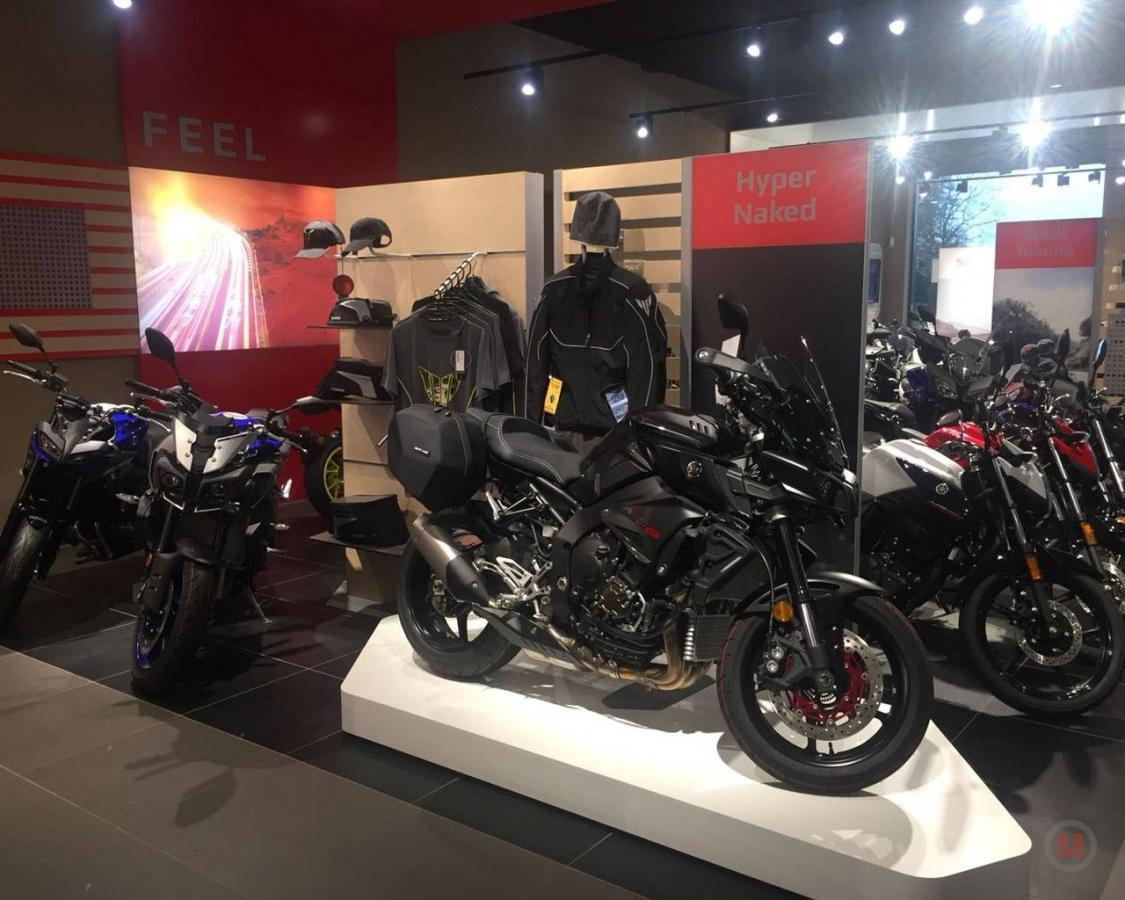 Rb motoren de bilt vanaf 2018 yamaha exclusief dealer for Yamaha dealers in delaware