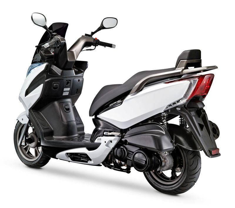 nieuw 2013 kymco yager gt motorscooter kort snel en. Black Bedroom Furniture Sets. Home Design Ideas