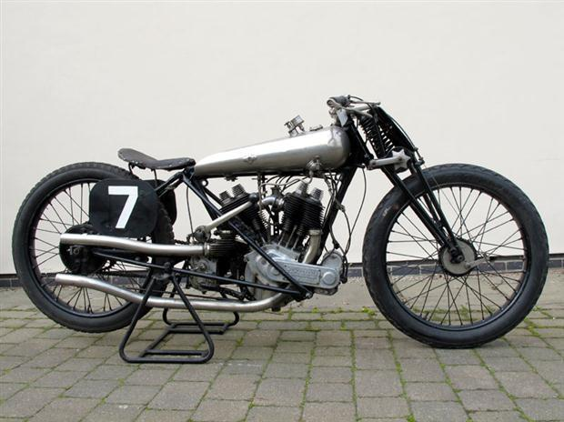 1922_Brough_Superior_SS80_Old_Bill